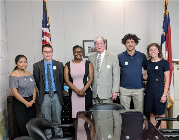 DCS students meet with the Honorable Jimmy Dixon to discuss the importance of AP classes.