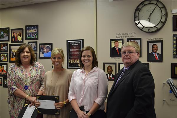 Going Local Grants Awarded to 3 DCS teachers