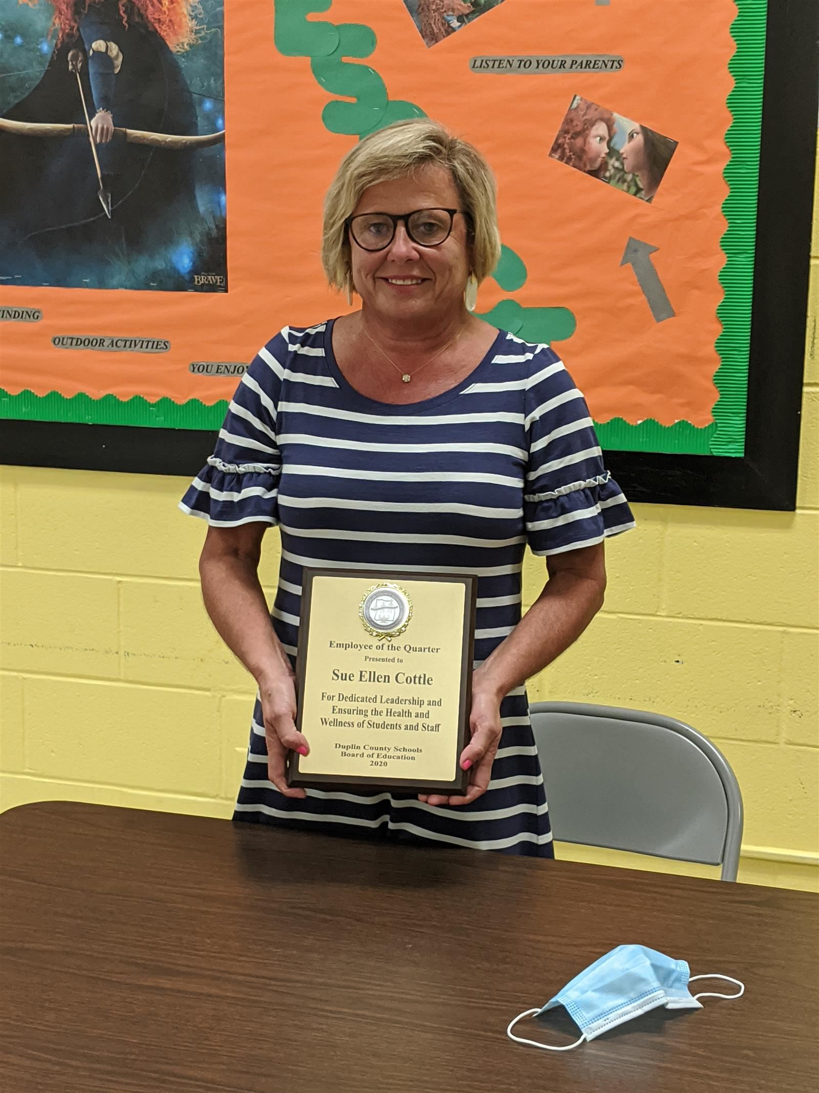 Sue Ellen Cottle Named DCS Employee of the Quarter