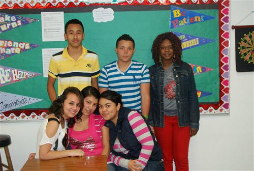 Salma, Yesenia, Yanet, Oscar, Christian, and Rose